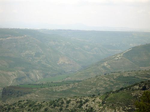 Il campo della battaglia di Yarmuk (636 d.C.), ottimo esempio del tipo di terreno scelto dai primi eserciti musulmani
